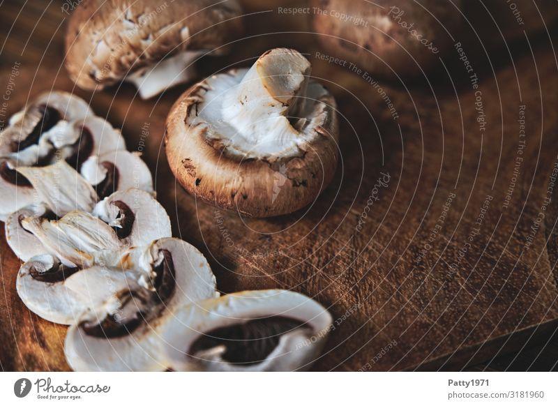 White Food photograph Brown Nutrition Fresh Delicious Organic produce Vegetarian diet Mushroom Chopping board Button mushroom