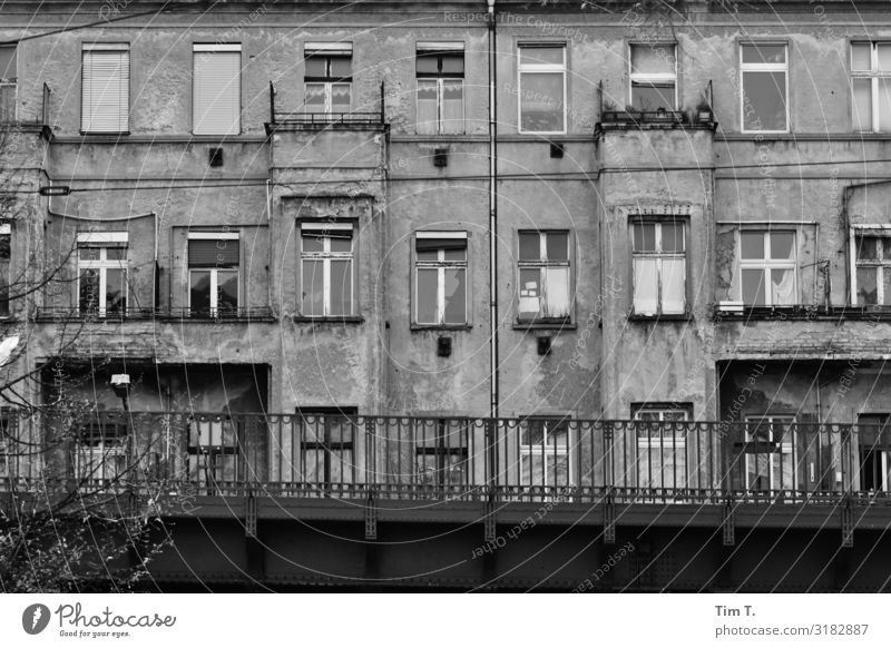 Berlin Town Capital city Downtown Old town Deserted House (Residential Structure) Window Transport Means of transport Traffic infrastructure Passenger traffic