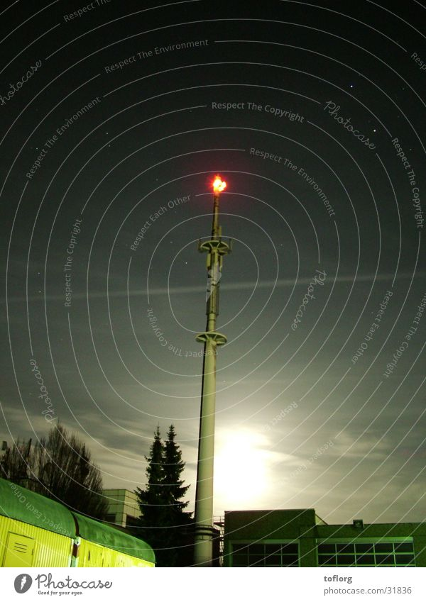 transmission mast Broacaster Night Deutsche Telekom Radio link system Radio technology Telecommunications send Electricity pylon Moon