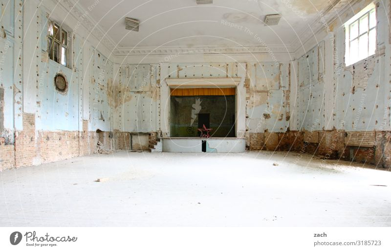 Old White House (Residential Structure) Window Interior design Party Culture Empty Transience Broken Historic Past Dance event Manmade structures Decline Event