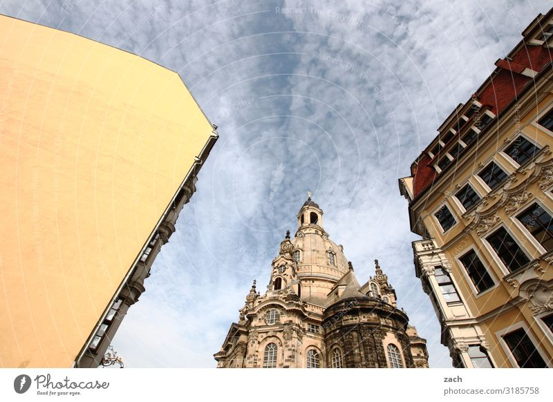 Saxon triad Sky Beautiful weather Dresden Small Town Downtown Old town House (Residential Structure) Church Dome Tower Wall (barrier) Wall (building) Facade