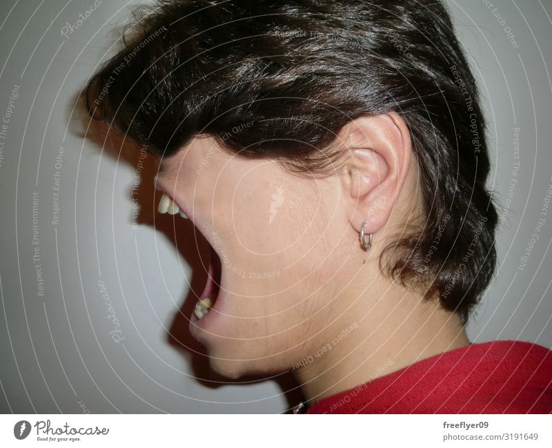 Shouting anxiety Human being Youth (Young adults) White 18 - 30 years Face Adults To talk Funny Masculine Large Anger Surrealism Scream Concern