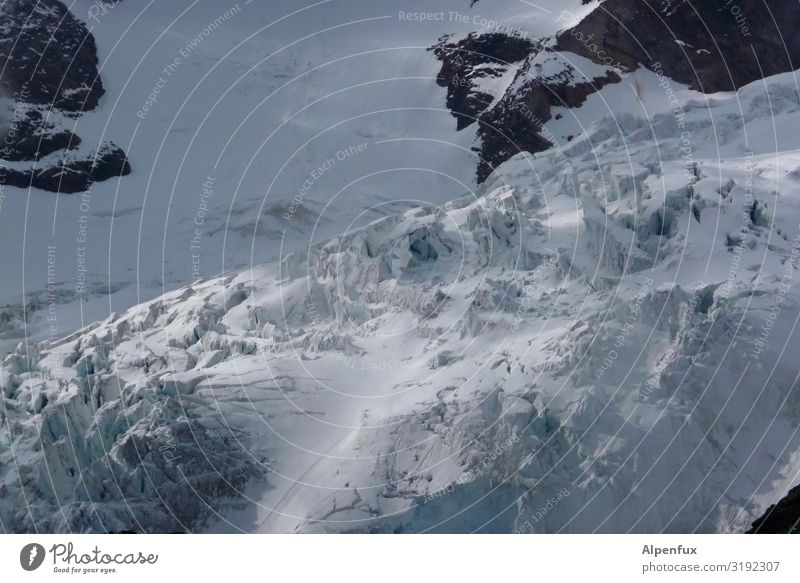 crushed ice Rock Alps Mountain Monte Rosa Glacier Cool (slang) Fear Fear of death Fear of heights Dangerous Respect Adventure Eternity Climate Risk