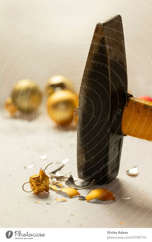 No need for Christmas! Design Christmas & Advent Decoration Glitter Ball Hammer Metal Sign Sphere Aggression Broken Kitsch Rebellious Anger Gold Emotions Moody
