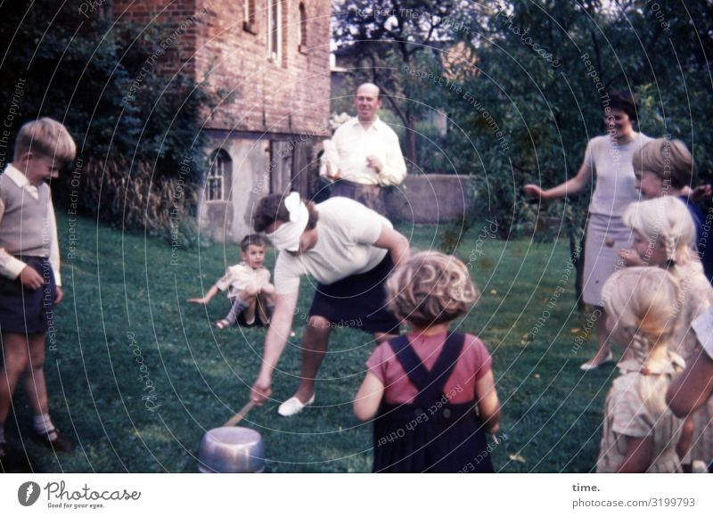 Childhood games. The tin can't stop. Sports Girl Boy (child) Woman Adults Man Family & Relations Friendship Crowd of people Garden House (Residential Structure)