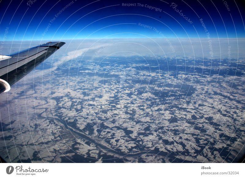 Sky Airplane Horizon Aviation Wing Blue sky Snow layer