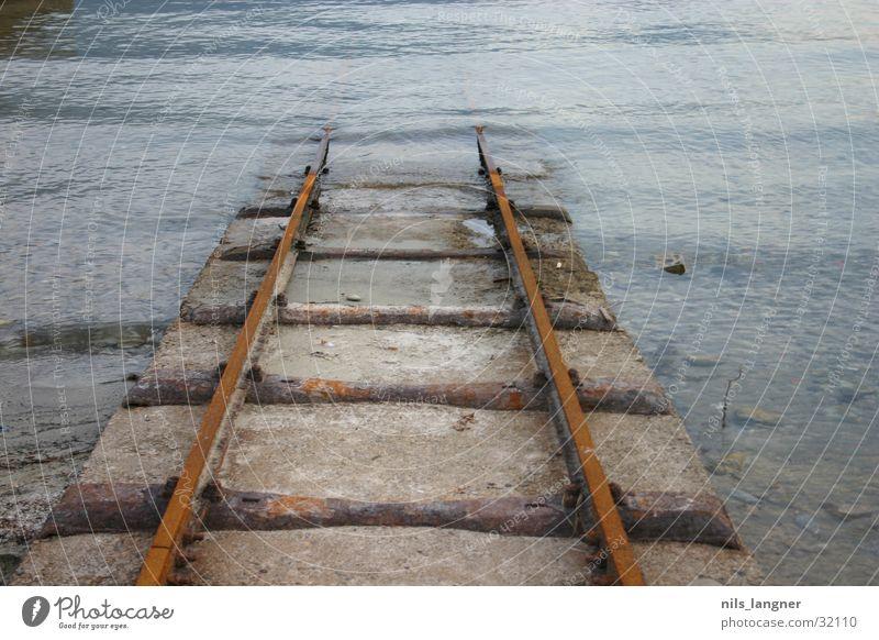 Water Dark Transport Dive Railroad tracks Rust Downward Canton Tessin