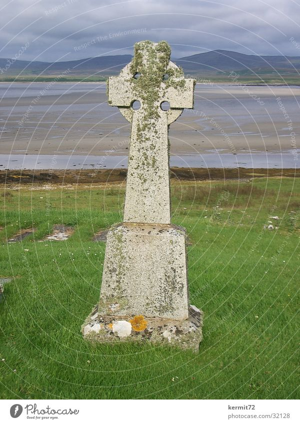 Old Ocean Beach Meadow Stone Coast Back Lawn Monument Landmark Scotland Tombstone Symbols and metaphors Inscribe Celts
