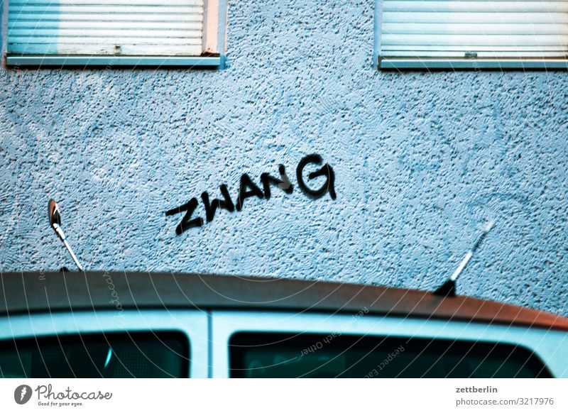 Town Window Graffiti Wall (building) Berlin Copy Space Facade City life Living or residing Characters Word Social Tagging (graffiti) Scene Lettering