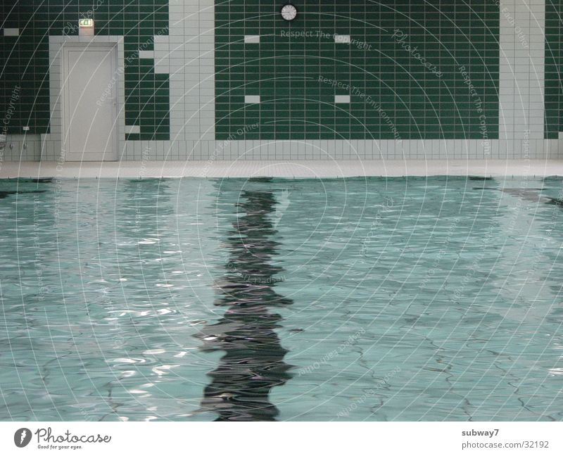 Water Green Sports Swimming pool Leisure and hobbies Tile