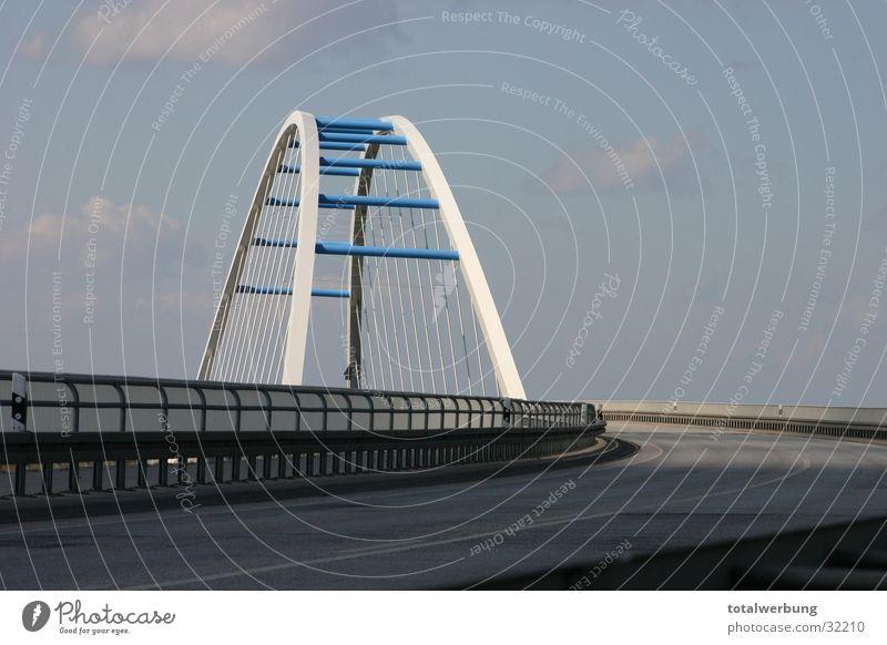 Sky Street Bridge Elbe Arch