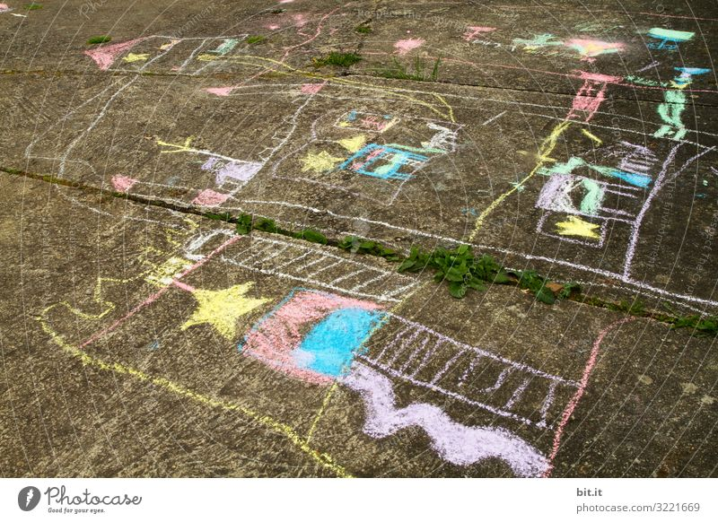 Child Joy Happy Art Work and employment Contentment Infancy Happiness Study Education Profession Asphalt Painting and drawing (object) Lock Kindergarten