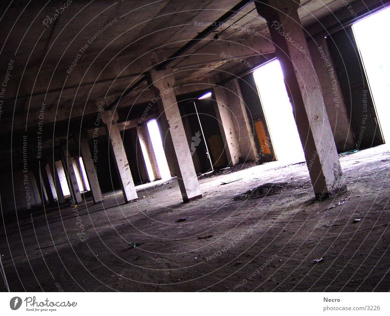 Old Hall Garage Light Dismantling Architecture Warehouse Column Loneliness Gate