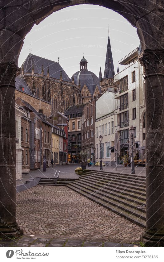 transparency Architecture Culture Aachen Town Old town Dome Manmade structures Building Tourist Attraction Discover Religion and faith Colour photo