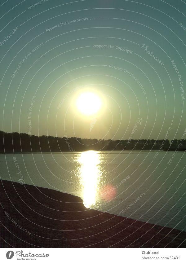 sundowner Sunset Lake Emotions KHILLIN
