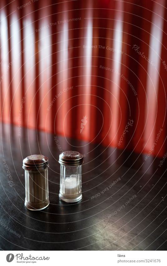 Red Black Living or residing Flat (apartment) Nutrition Tangy Caution Pepper Salt Salt caster Pepper caster