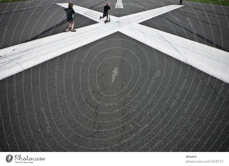Human being Child Joy Playing Line Leisure and hobbies Infancy Transport Speed Aviation Happiness Joie de vivre (Vitality) Driving Crucifix Airport Runway