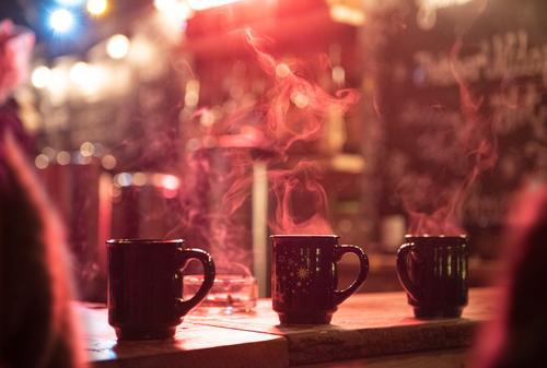 Hot mulled wine at the Christmas market Food Nutrition Beverage Hot drink Alcoholic drinks Mulled wine Feasts & Celebrations Christmas & Advent New Year's Eve