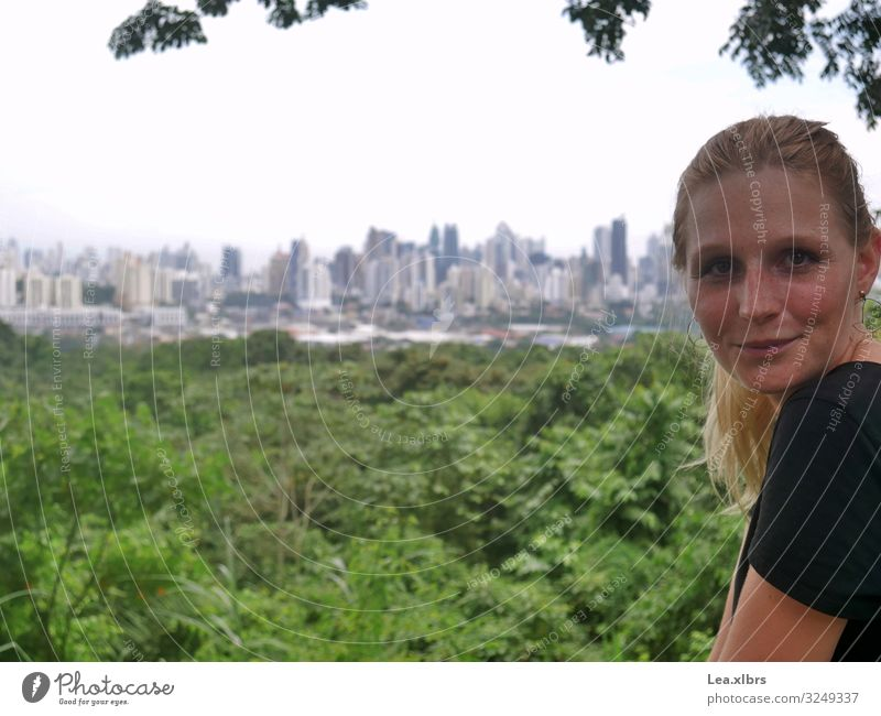 Big city review Feminine Young woman Youth (Young adults) 1 Human being 18 - 30 years Adults Nature Landscape Panama City Central America Skyline Park Top