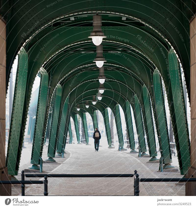 Sequence between columns Schönhauser Allee Prenzlauer Berg Mono rail Steel carrier Pedestrian Lanes & trails Underground Historic Many Moody Protection Serene