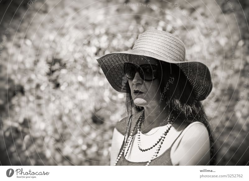 madame incognito Woman Madame Straw hat Hat Sunglasses Chain Necklace Pearl necklace Long-haired Black-haired Mysterious Earnest Feminine Adults