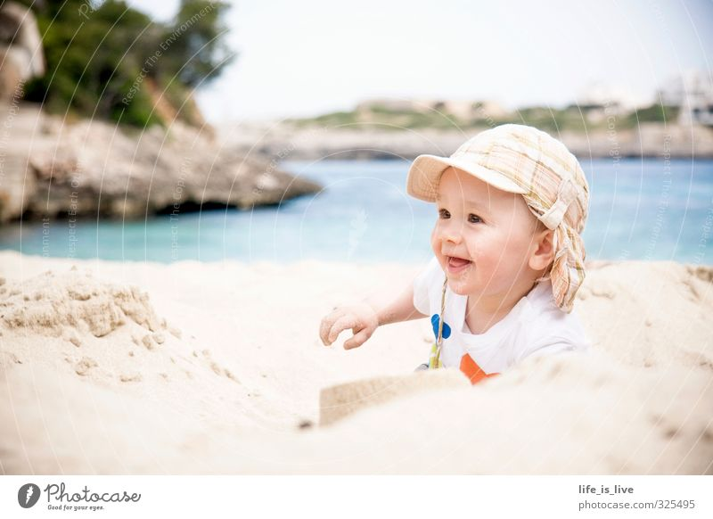 summertime Playing Vacation & Travel Far-off places Summer vacation Beach Ocean Masculine Baby Toddler Infancy 1 Human being 0 - 12 months Sand Smiling