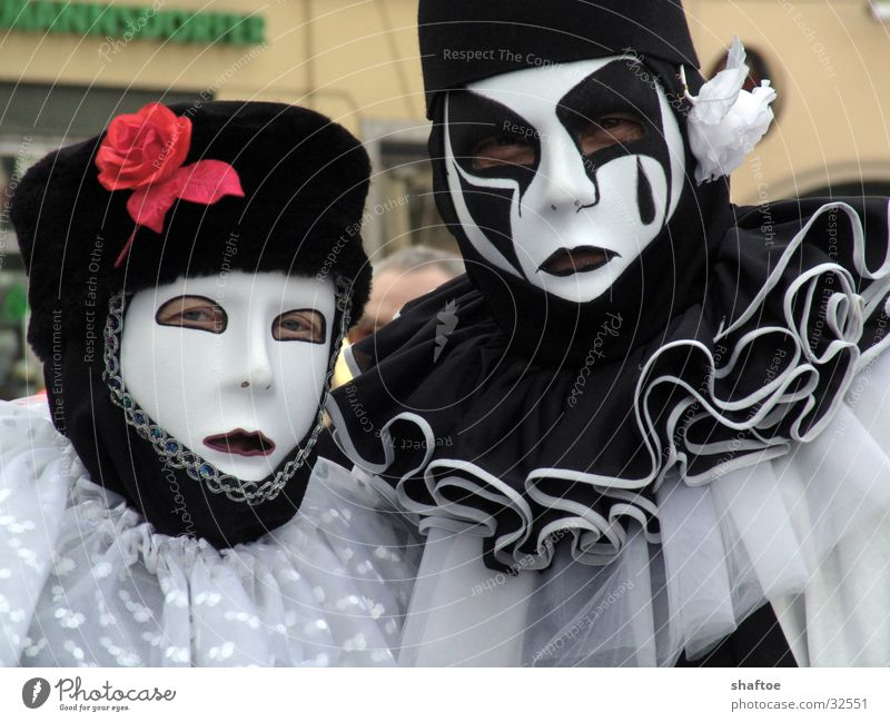 carnival Clown Collar Make-up Wearing makeup Man Woman Human being Carnival Mask Black & white photo Dress up Couple In pairs