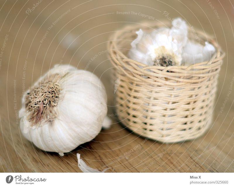 Garlic in a basket Food Vegetable Nutrition Organic produce Vegetarian diet Diet Fasting Fresh Healthy Delicious Smelly Basket Clove of garlic Garlic bulb