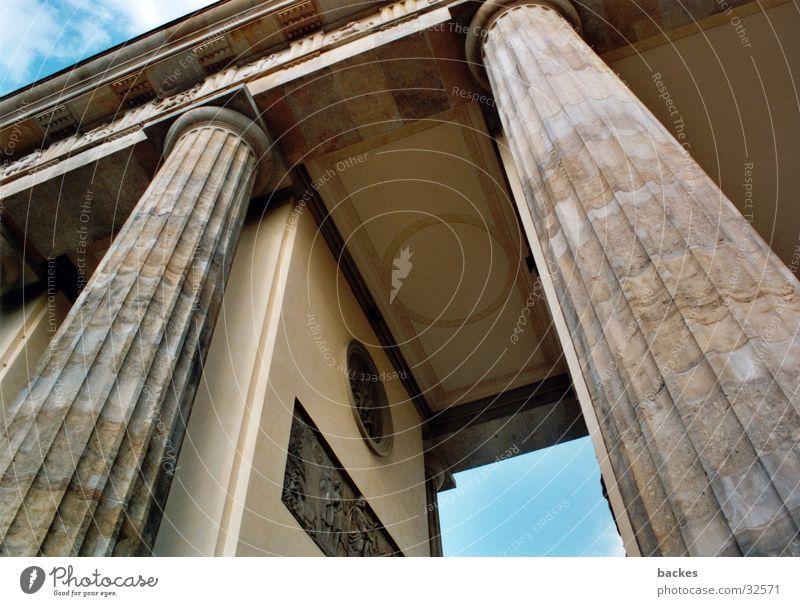 large gate_2 Large Horse Architecture Brandenburg Gate Berlin Open