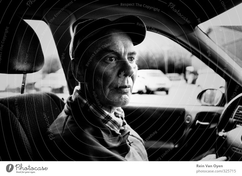 Dreamy portrait Human being Masculine Senior citizen Life 1 45 - 60 years Adults 60 years and older Sadness Car Chauffeur Cap Driving Black & white photo