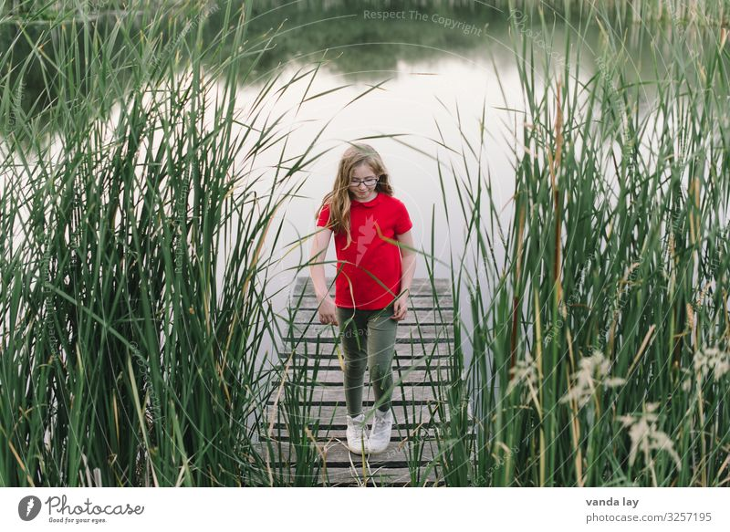 land child Leisure and hobbies Playing Children's game Footbridge Pond Lake Vacation & Travel Summer Summer vacation Parenting Schoolchild Human being Girl