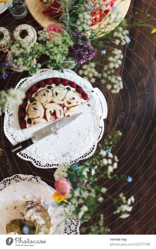 cake time Cake Nutrition To have a coffee Overweight Mother's Day Birthday Baptism Gluttony Voracious Debauchery Gateau Colour photo Interior shot