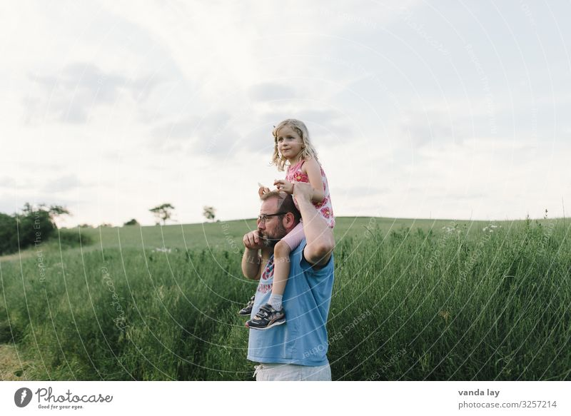 Child Human being Vacation & Travel Man Summer Girl Adults Playing Leisure and hobbies Field Infancy Beautiful weather Agriculture Father Shoulder Carrying