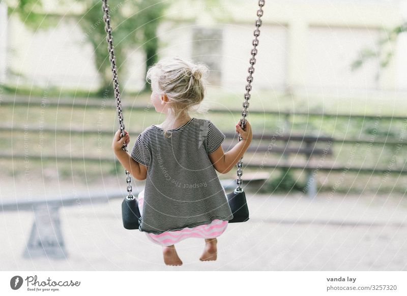 Child Human being Joy Girl Playing Leisure and hobbies Blonde Infancy Study Education Toddler Kindergarten Swing Parenting Children's game To swing