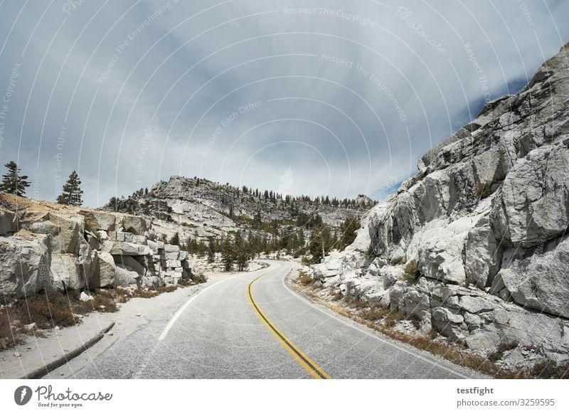 olmstead point Yosemite National Park Tioga Pass Sierra Nevada USA California Street stones Massive Mountain Lane markings
