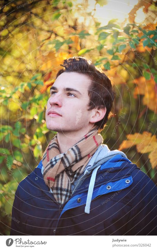 Autumn (t) Hiking Human being Masculine Young man Youth (Young adults) Adults Head 13 - 18 years Child 18 - 30 years Environment Nature Sun Beautiful weather