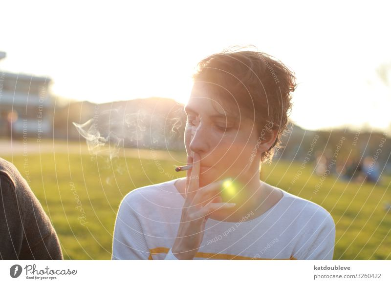 Child Summer Sun Feminine Park To enjoy Smoking Homosexual Beam of light Androgynous