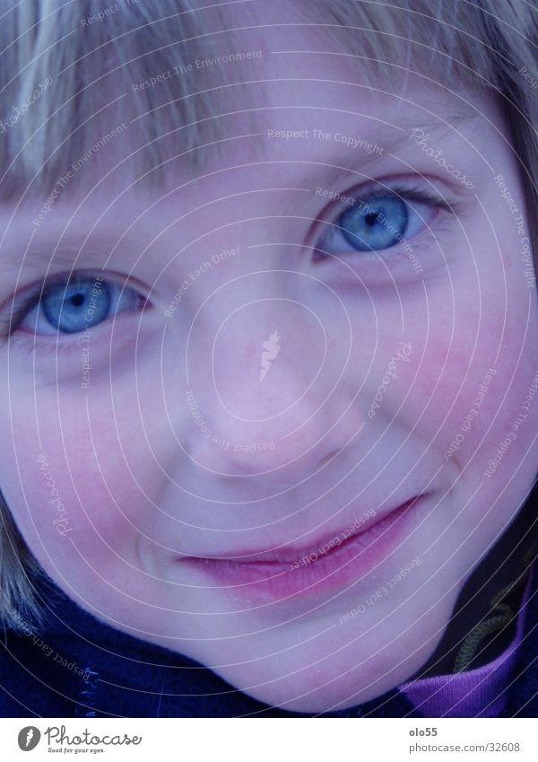 melina Portrait photograph Girl Child blue eyes Close-up