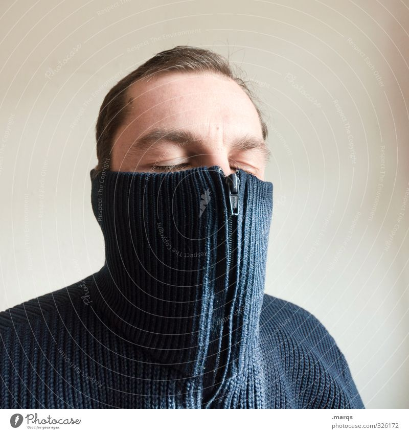 be cold Human being Masculine Adults Head 1 18 - 30 years Youth (Young adults) 30 - 45 years Sweater Zipper Freeze To enjoy Cold Illness Safety (feeling of)