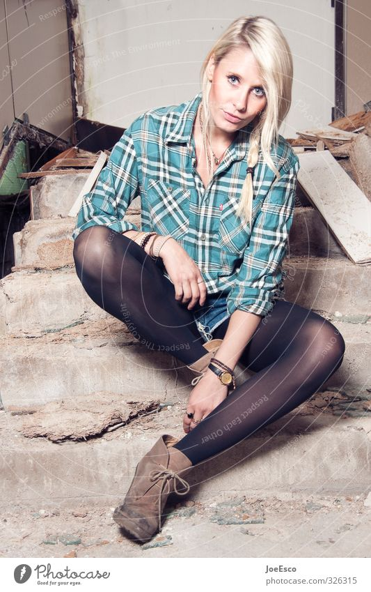 Human being Woman Youth (Young adults) Beautiful Relaxation Adults 18 - 30 years Style Fashion Work and employment Power Blonde Sit Living or residing Wait