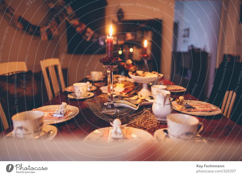 Christmas & Advent Relaxation Winter Warmth Religion and faith Feasts & Celebrations Eating Together Flat (apartment) Contentment Decoration To enjoy Table