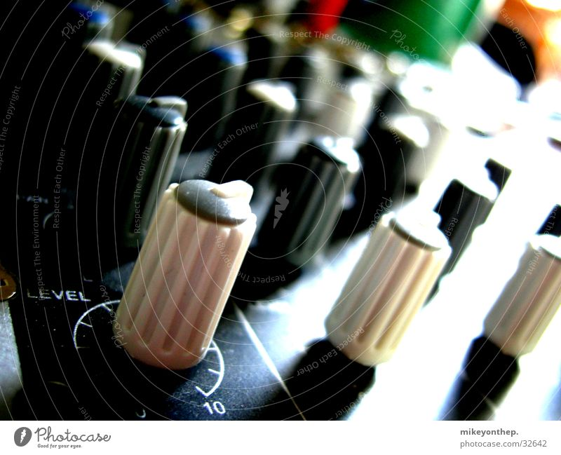 controller landscape Controller Mixing desk Switch Macro (Extreme close-up) Electrical equipment Technology Concert Music pots Synchronous