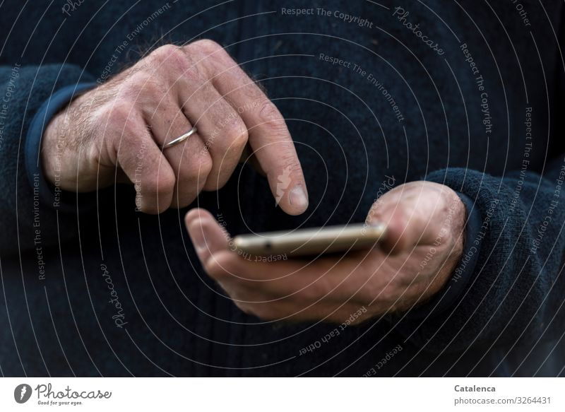 Practice, practice Telephone Cellphone Screen Technology Advancement Future Telecommunications Information Technology Internet Masculine Hand 1 Human being