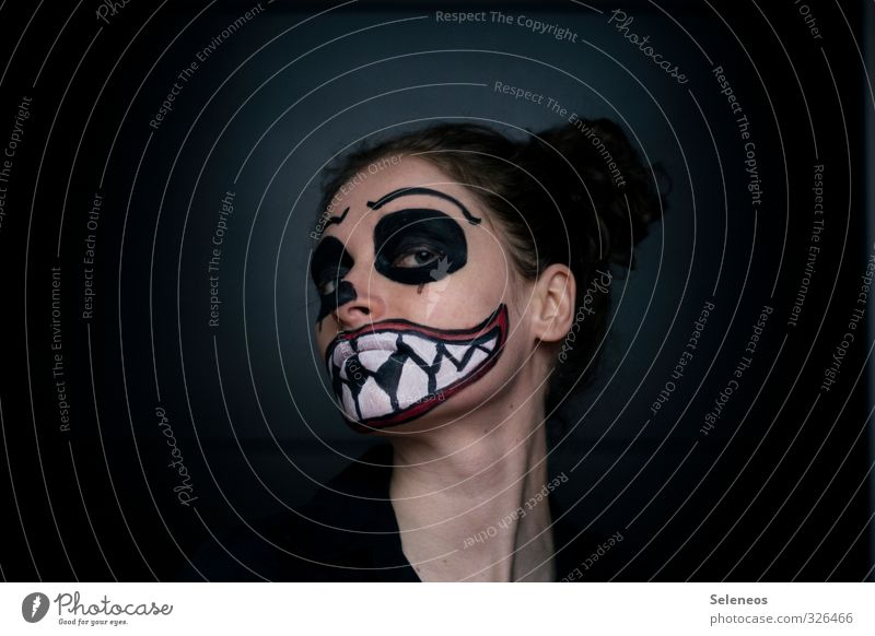 666 l muhaha Carnival Hallowe'en Human being Head Hair and hairstyles Face Eyes Ear Mouth Lips Teeth 1 Creepy Fear Make-up Mask Painted Monster Colour photo
