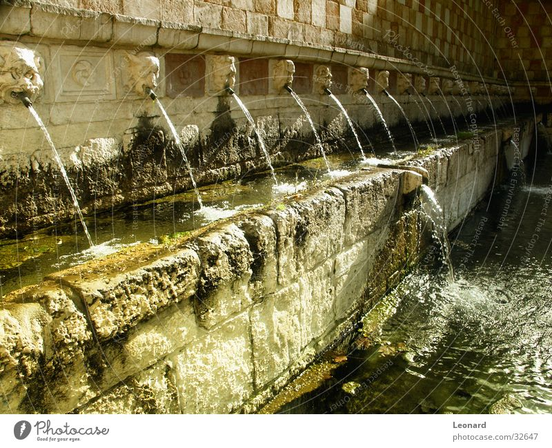 Water Sun Yellow Colour Italy Well Pipe Radiation Historic Sculpture Fountain