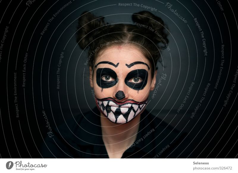 Monday monster Night life Carnival Hallowe'en Human being Feminine Woman Adults Face Eyes Ear Nose Mouth Lips Teeth 1 18 - 30 years Youth (Young adults)