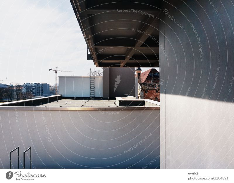 Berlin walls Capital city Downtown Populated House (Residential Structure) Wall (barrier) Wall (building) Facade Roof Concrete Metal Modern Town Impersonal