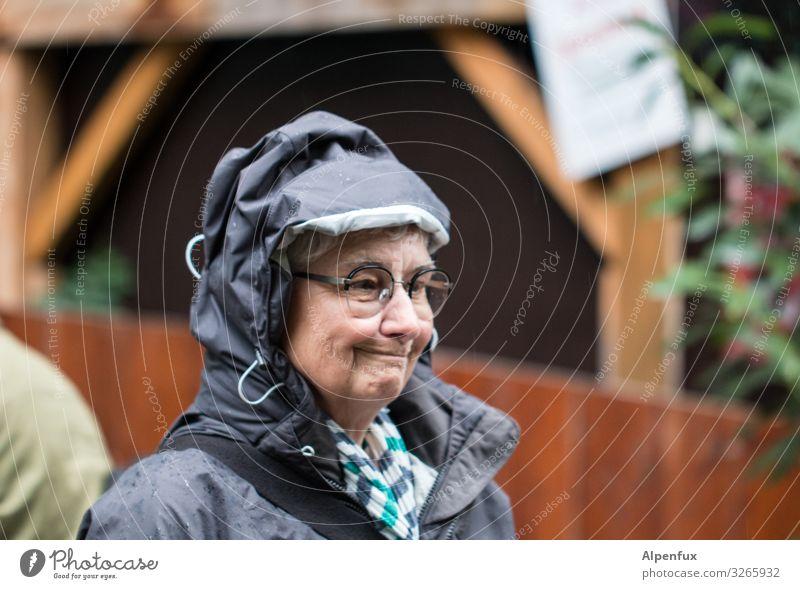 Woman Human being Adults Feminine Rain Joie de vivre (Vitality) Climate Female senior Surprise Irritation Concern Expectation Bad weather Frustration Resolve