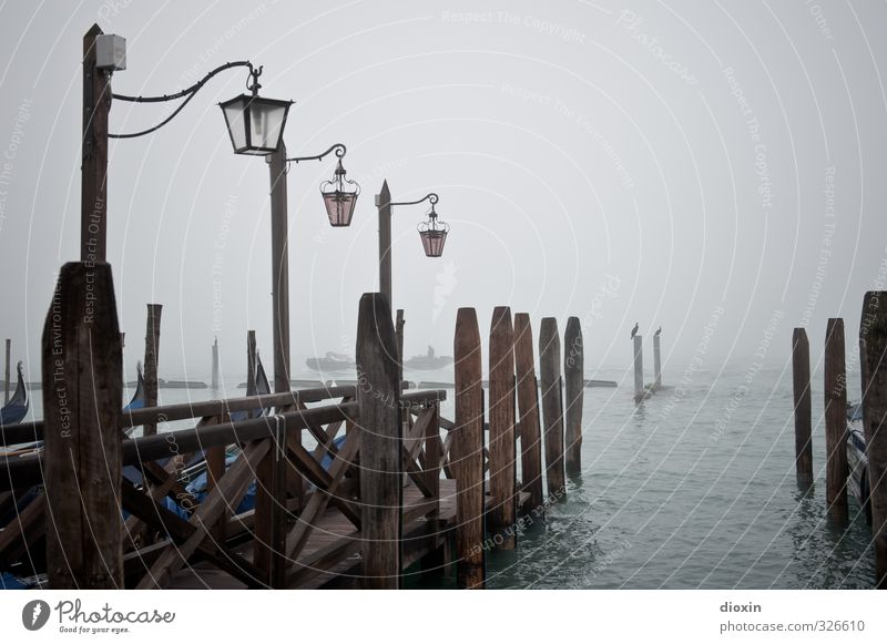 Vacation & Travel City Ocean Winter Cold Lamp Weather Fog Tourism Island Italy Harbour Street lighting Navigation Jetty Sightseeing