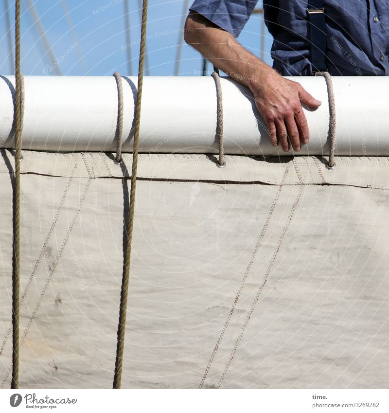 Seaman's Love Work and employment Workplace Masculine Arm Hand 1 Human being Navigation Sailing ship Harbour Rope On board Workwear Line To hold on Bright